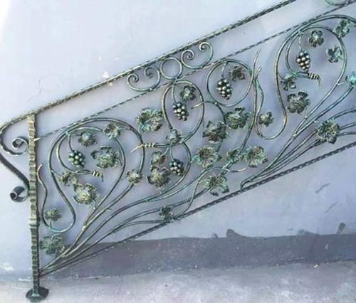 铁艺楼梯安装案例