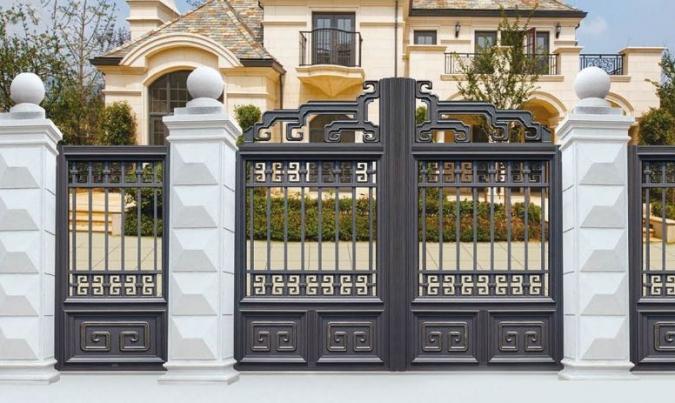 怎样选择质量好的铝艺阳台护栏