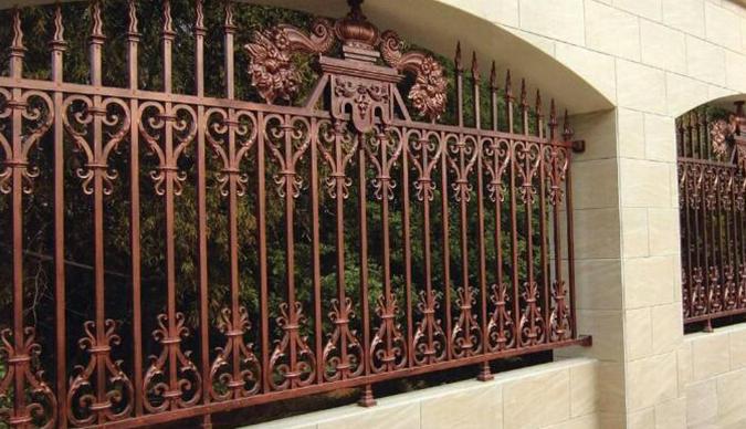 铝艺栏杆安装